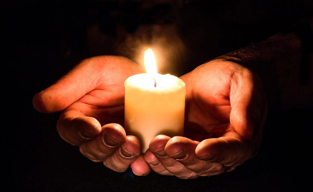 Kerze Meditation Seelsorge