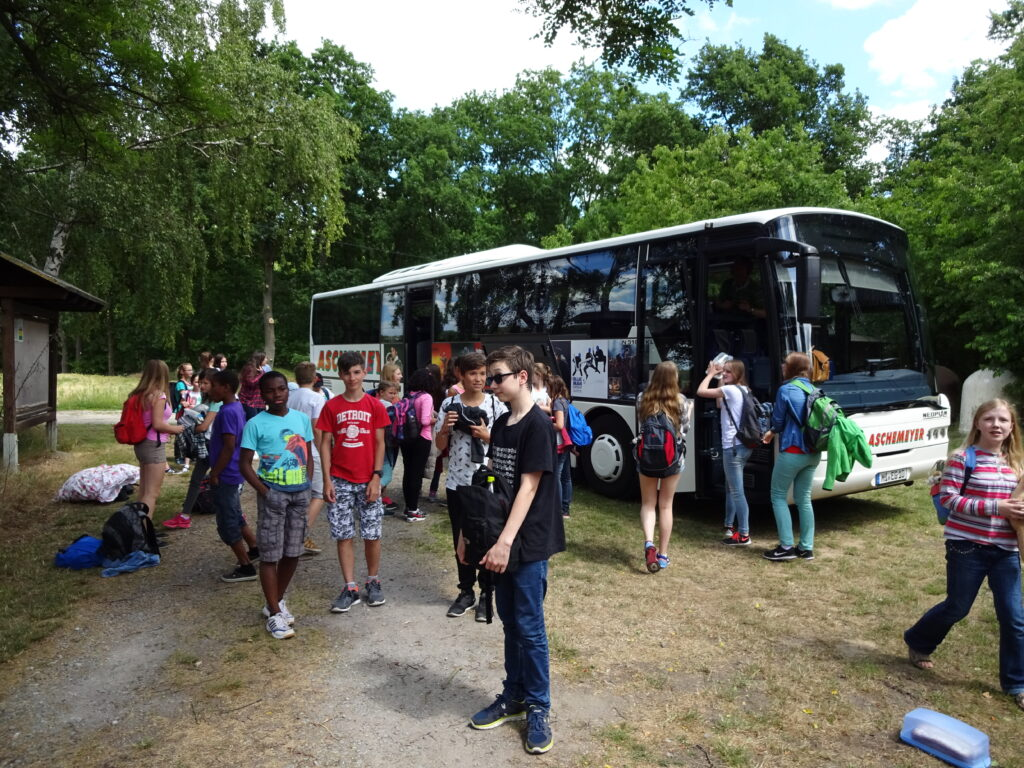 Busfahrt Zeltlager 2015